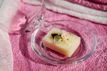 Discussion Regarding Soap And Bath And Few Features Including Tips Of Using Soap